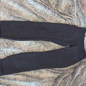lululemon athletica Pants - Doesn't fit me